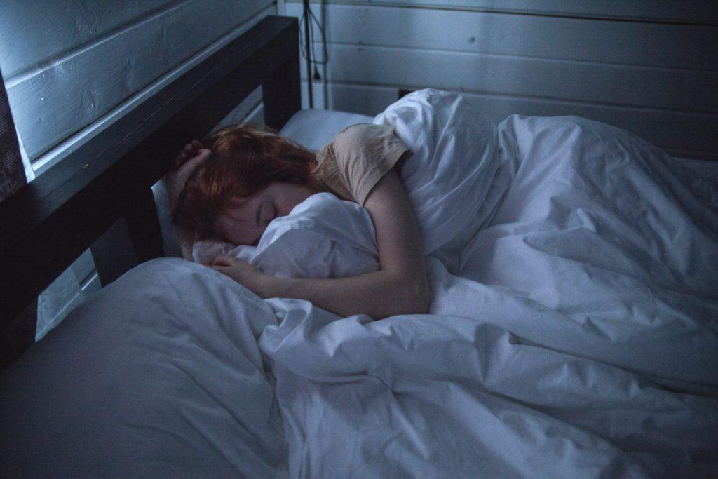 Wie sollte man im Bett liegen? Wichtige Info für